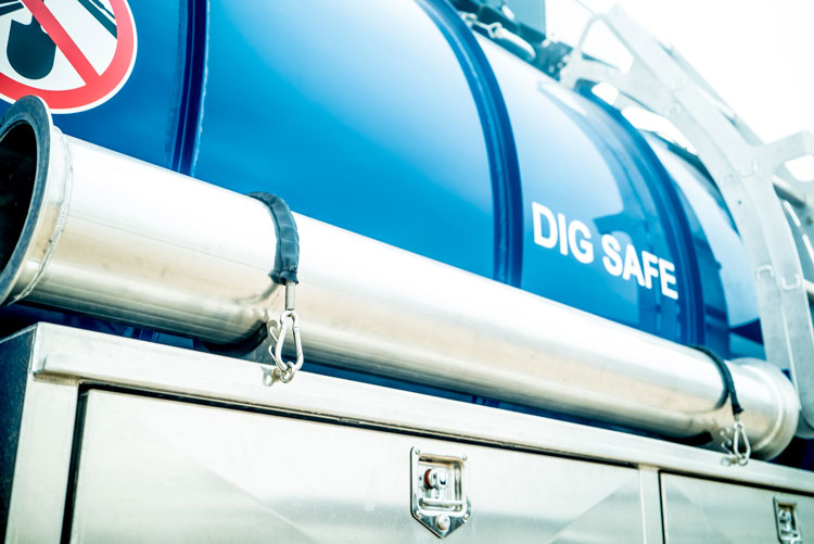 LineQuest Truck with Dig Safe Text
